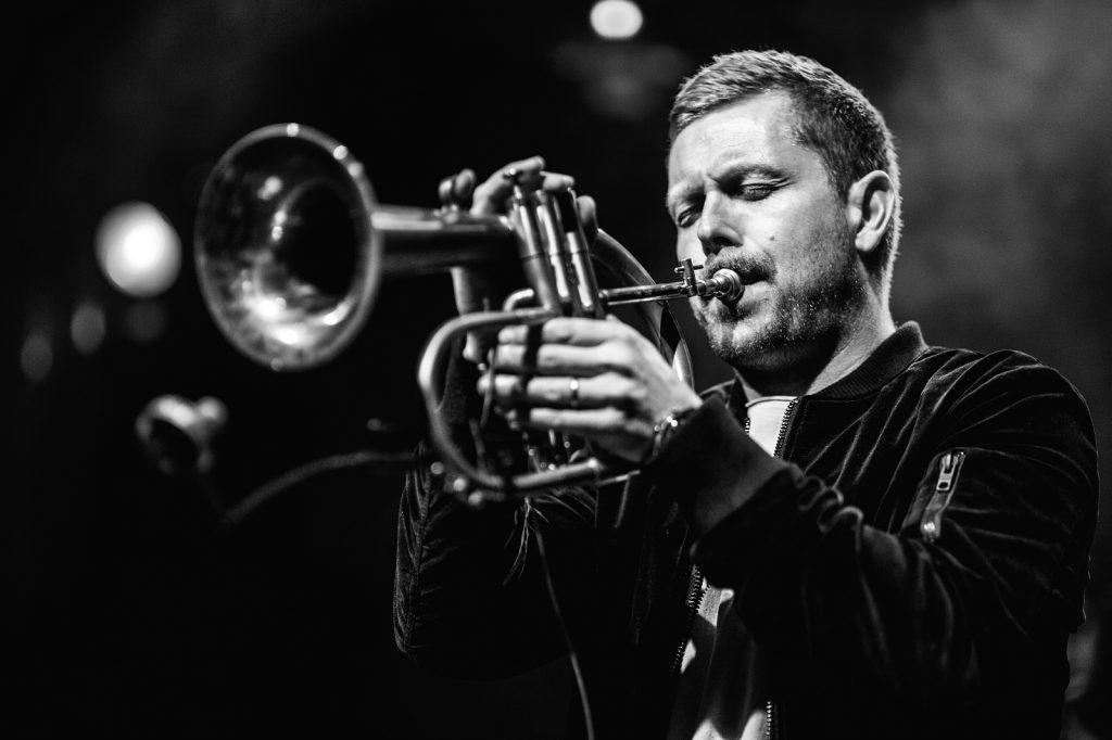 Nils Wülker mit Trompete