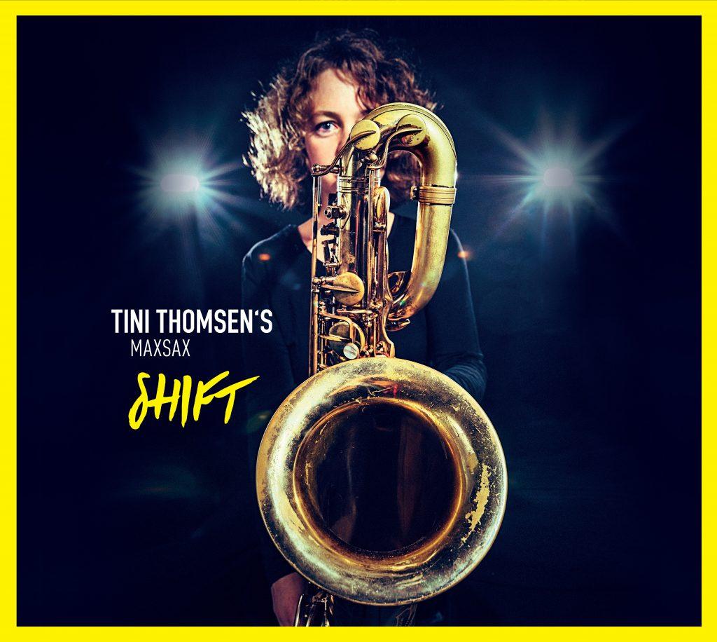 Tini Thomsen mit Saxophon